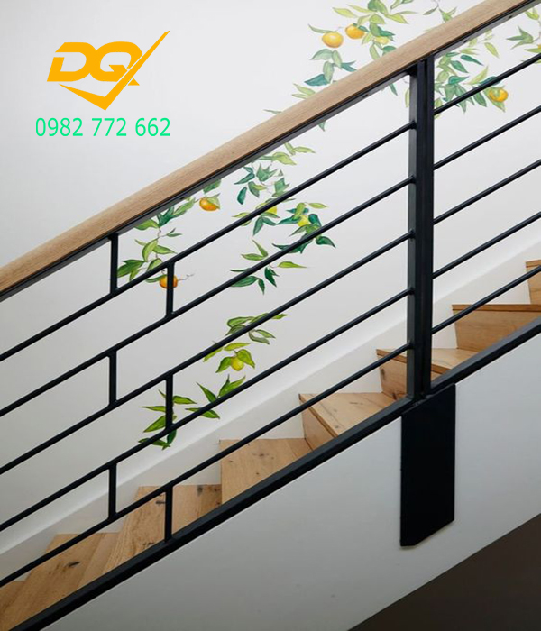 Mẫu cầu thang inox tay vịn gỗ - 6