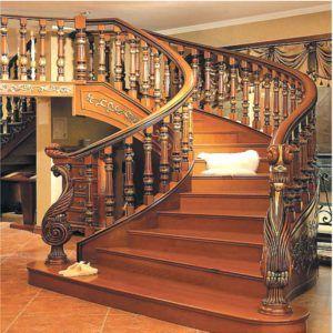 Cầu thang gỗ tự nhiên