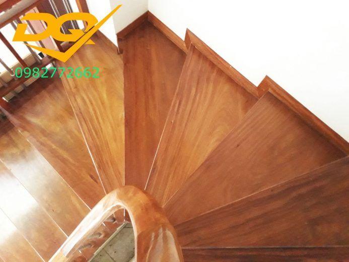 cầu thang gỗ vẫn luôn là sản phẩm thu hút nhiều công ty lớn về xây dựng và kiến trúc không gian nhiều nhất.