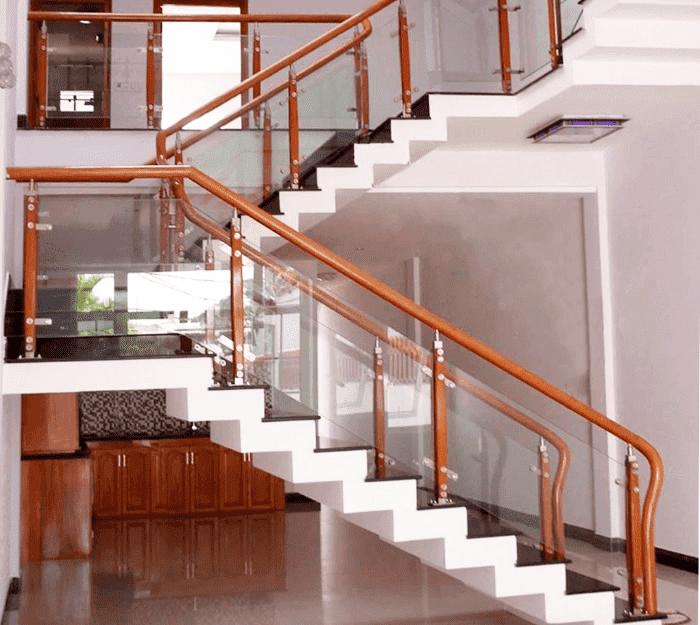 Cầu thang kính hiện đại#10