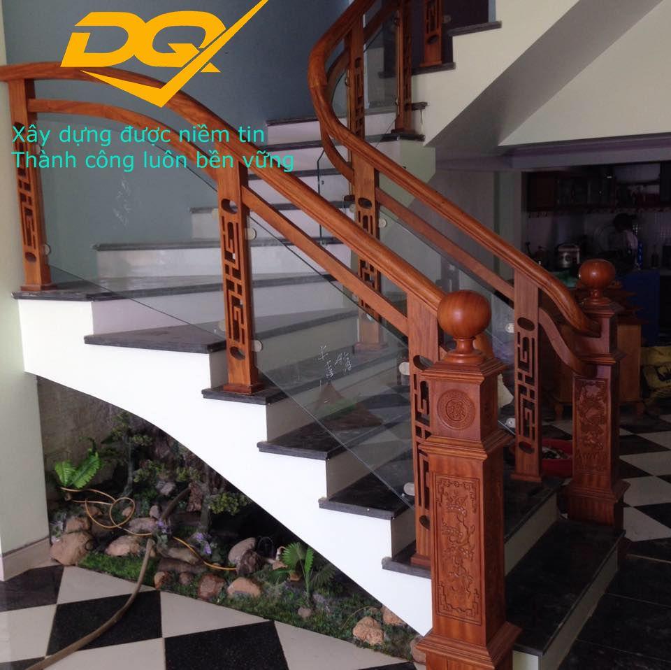 Cầu thang kính hiện đại#5