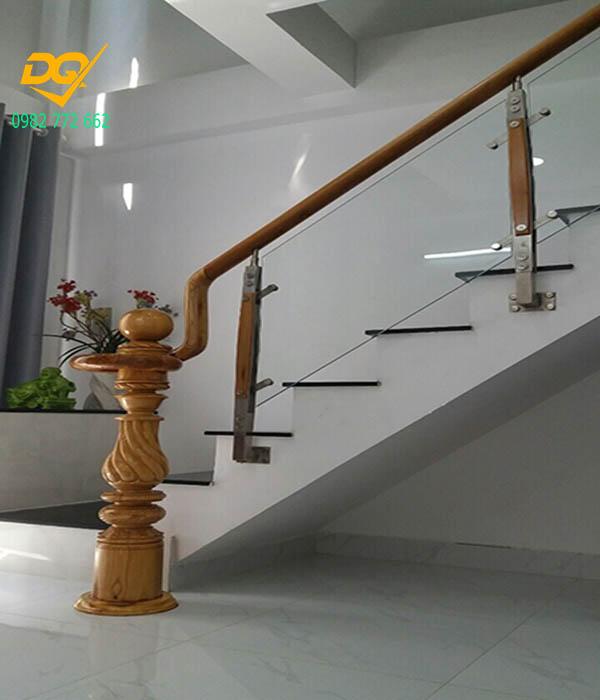 Cầu thang kính hiện đại#13