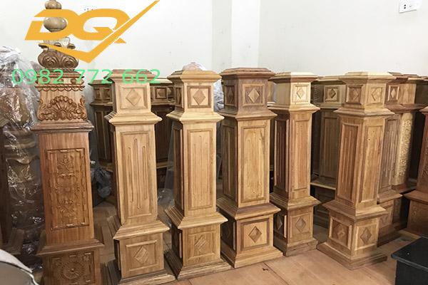 Trụ cầu thang gỗ vuông