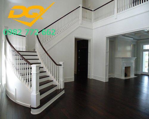 Mẫu Cầu thang gỗ vuông#5