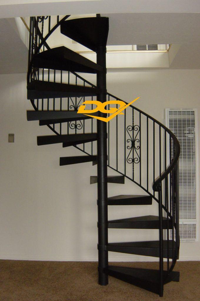 Cầu thang xoắn ốc bằng sắt#4