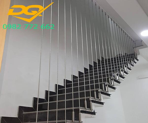 Top 3 xu hướng thiết kế mẫu cầu thang cho nhà ống năm 2018 Cầu thang dây cáp tạo sự an toàn cao