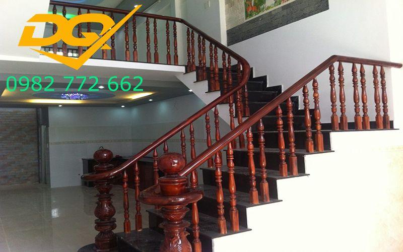 Mẫu cầu thang gỗ song luồn lim nam phi đẹp 2019#3