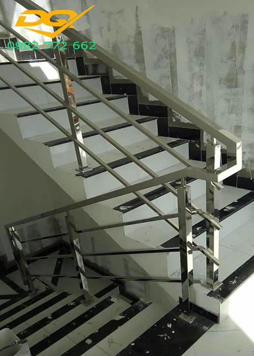 Cầu thang inox#3