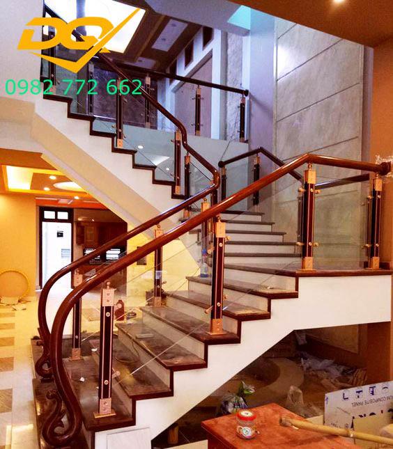 Cầu thang kính_Mẫu 6