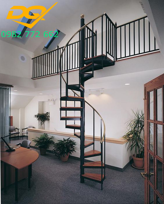 Cầu thang xoắn ốc cho nhà hẹp#7