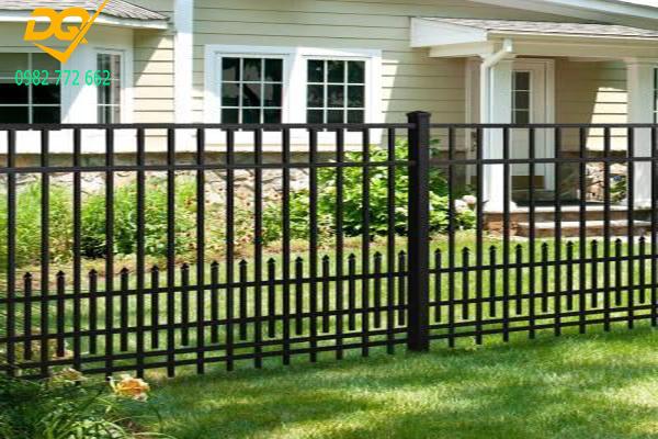 Mẫu hàng rào sắt đặc đẹp - 3