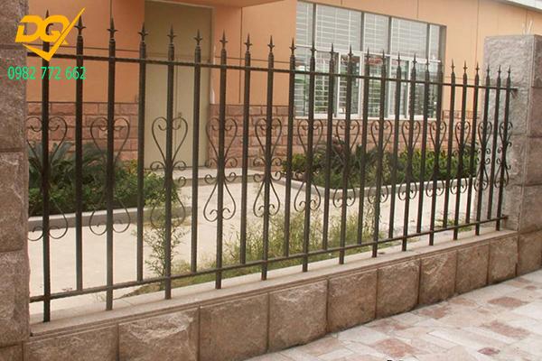 Mẫu hàng rào sắt đặc đẹp - 5
