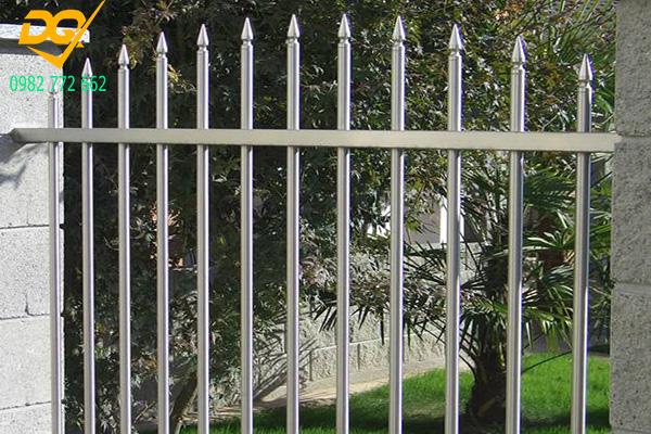Hàng rào sắt mũi giáo - 6