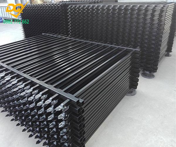 Hàng rào sắt hộp mạ kẽm - 3