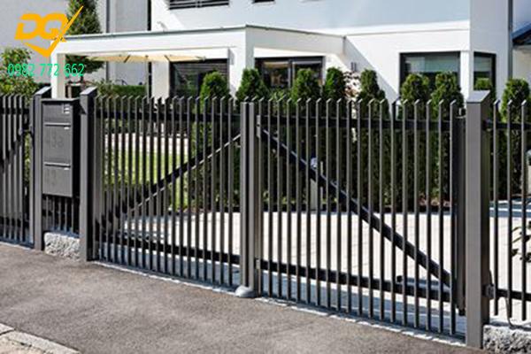 Mẫu hàng rào sắt đặc đẹp - 8