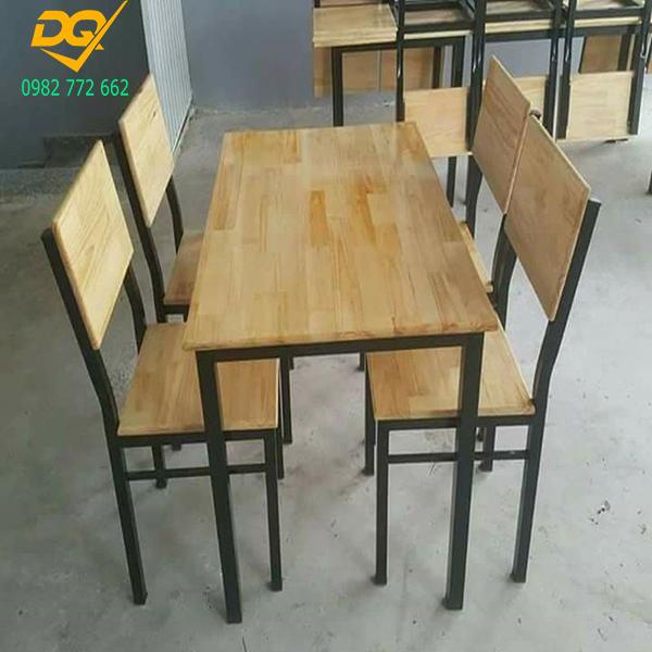 Mẫu bàn ghế chân sắt - 5