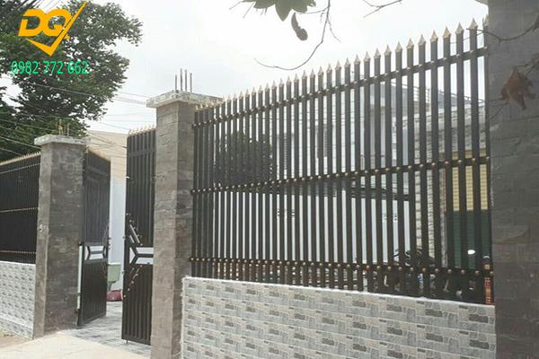 Hàng rào sắt hộp mạ kẽm - 4
