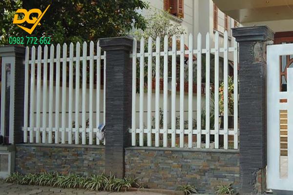 Hàng rào sắt mạ kẽm - 1