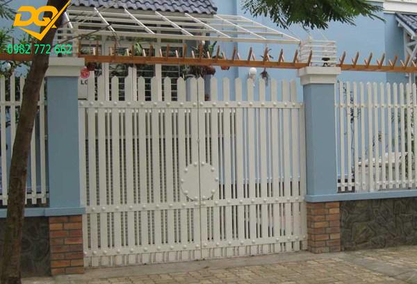 Mẫu hàng rào sắt chống trộm - 9