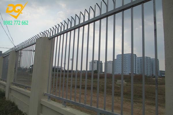 Hàng rào sắt hộp mạ kẽm - 15