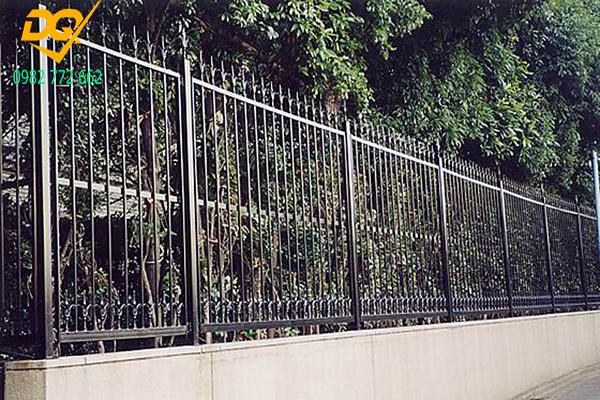 Hàng rào sắt mũi giáo - 5