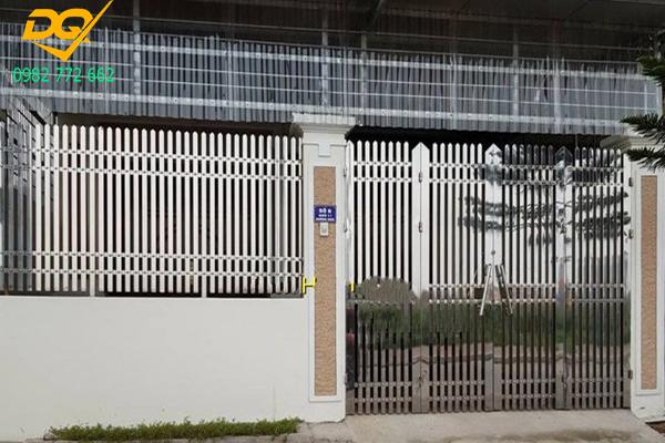 Mẫu hàng rào inox đẹp - 8