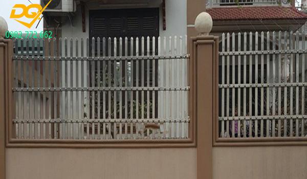 Mẫu hàng rào inox đẹp - 7
