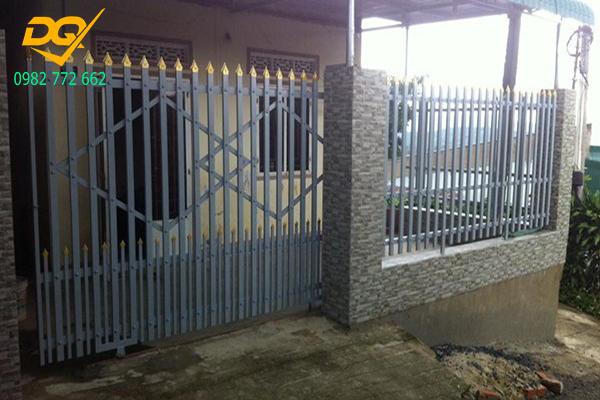 Mẫu hàng rào sắt chống trộm - 2