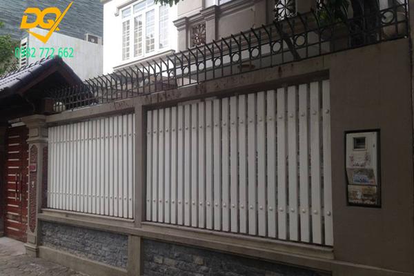 Hàng rào sắt hộp mạ kẽm - 11