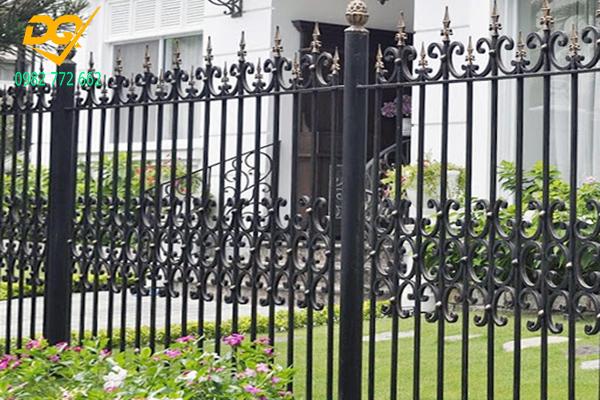 Mẫu hàng rào sắt đặc đẹp - 13