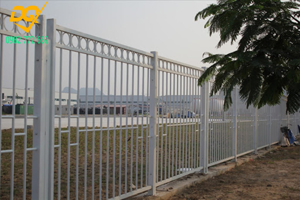 Mẫu hàng rào sắt đặc đẹp - 16