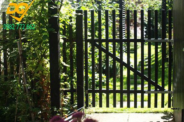 Mẫu hàng rào sắt đặc đẹp - 15