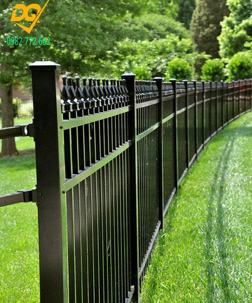Mẫu hàng rào sắt đặc đẹp - 7