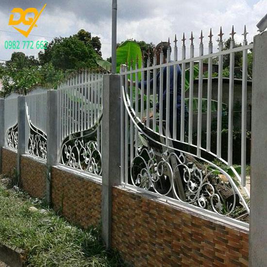 Hàng rào sắt đẹp - Mẫu 4