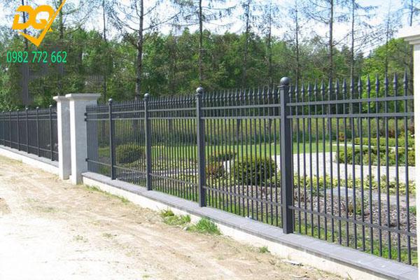 Mẫu hàng rào sắt đặc đẹp - 4
