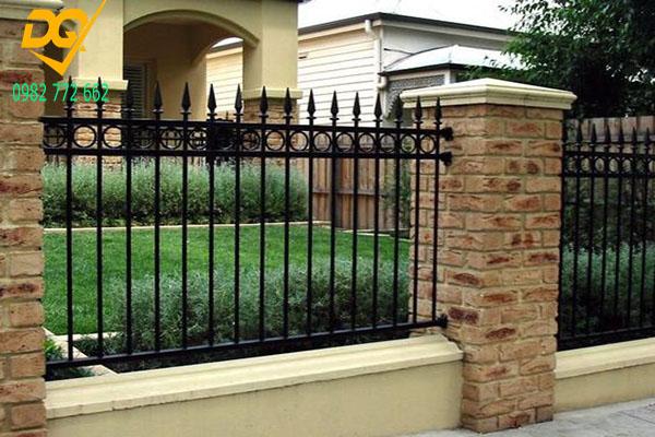 Hàng rào sắt đẹp - Mẫu 1