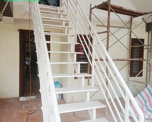Hướng dẫn làm cầu thang sắt chuẩn nhất hiện nay